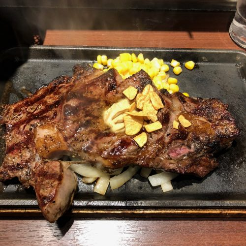 いきなりステーキの肉マネーを有効活用して肉マイレージゴールドに!29の日にチャージがおすすめ
