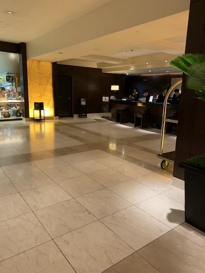 シェラトン都ホテル大阪フロント