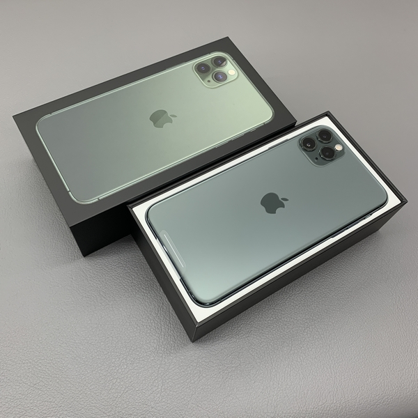 iPhone11ProMaxケースと背面