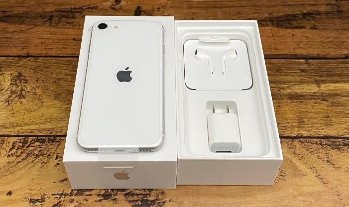 iPhoneSE箱の中身