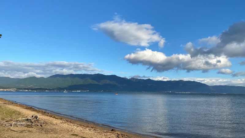 琵琶湖マリオットホテル近くの湖岸