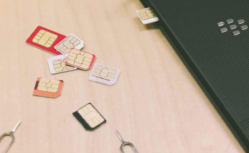 携帯キャリアのSIMカード