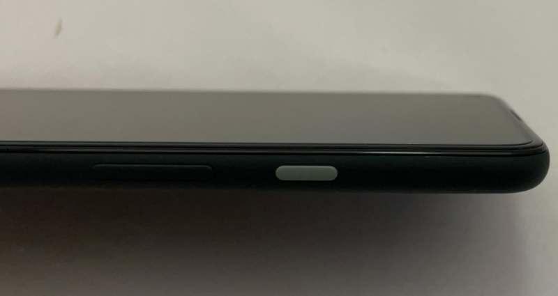 Pixel5a電源と音量ボタン