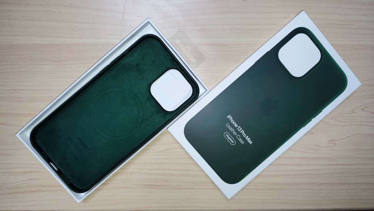 iphone13promaxレザーケース
